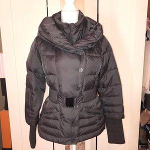 Tahari puffer jacket sz small